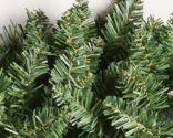 guirlande de noël avec des branches