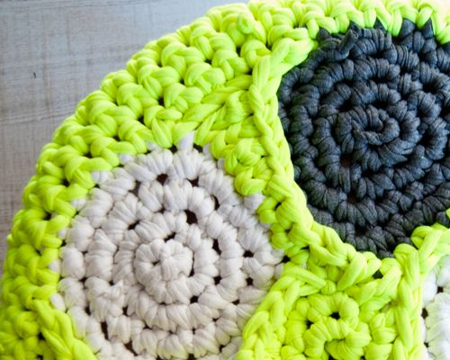 housse de tabouret en tricot