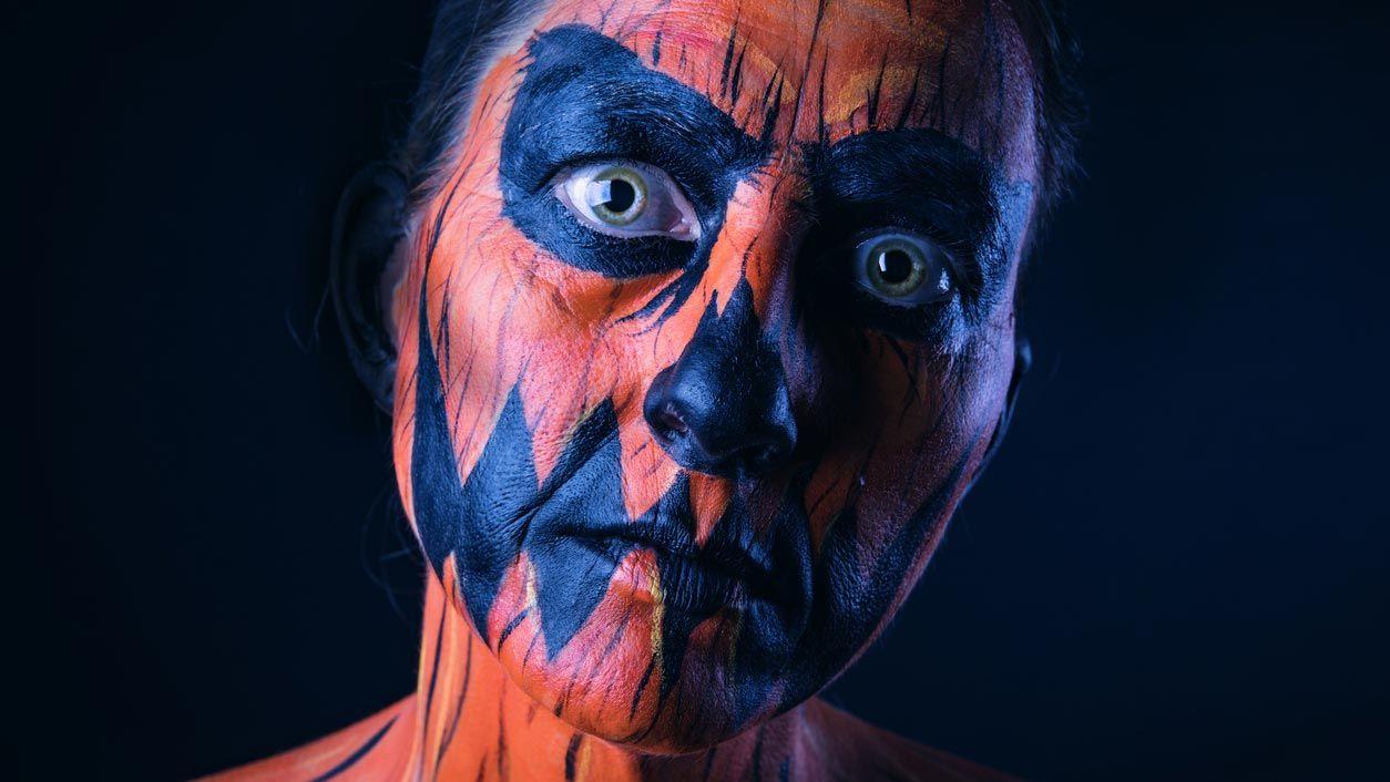 Maquillage effrayant de citrouille pour Halloween