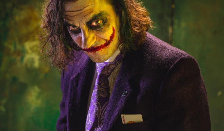 Maquillage-et-costume-de-Joker-The-Dark-Knight-et-Joker.jpg