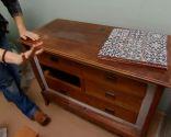 Renover-le-meuble-de-salle-de-bain-avec-comptoir-en.jpg