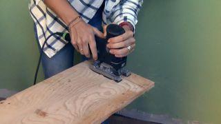 Revêtir le mur de bois de pin - Étape 1