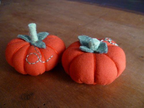 comment-faire-des-citrouilles-en-tissu-special-automne-et-halloween