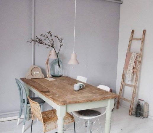 comment-peindre-une-table-a-manger-en-bois-vierge