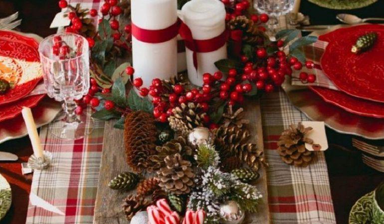 decoration-traditionnelle-pour-une-table-de-noel