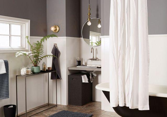 des-idees-pour-decorer-la-salle-de-bain-en-ete