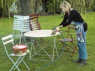 entretien-de-la-table-de-jardin-bricomania