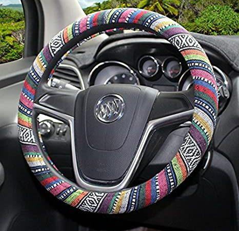 housses-de-volant-ethniques-une-touche-boheme-pour-votre-voiture