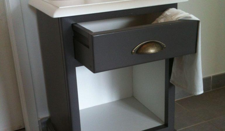 idees-pour-restaurer-une-table-de-chevet