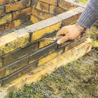 jardiniere-imitation-parapet-ou-brique