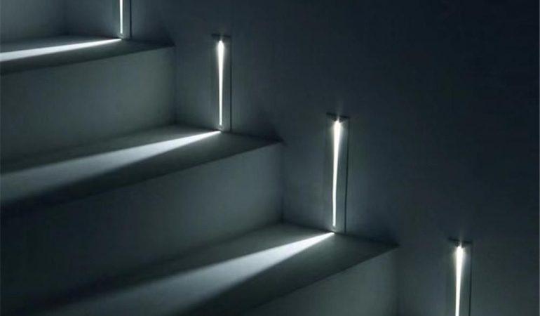 led-encastrees-dans-les-escaliers-bricomania