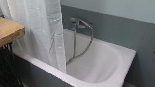 Comment peindre une baignoire détériorée Étape 3
