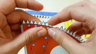 Comment faire une fusée en papier Étape 3