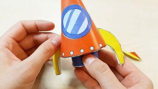 Comment fabriquer une fusée en papier Étape 7