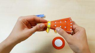 Comment fabriquer une fusée en papier Étape 5