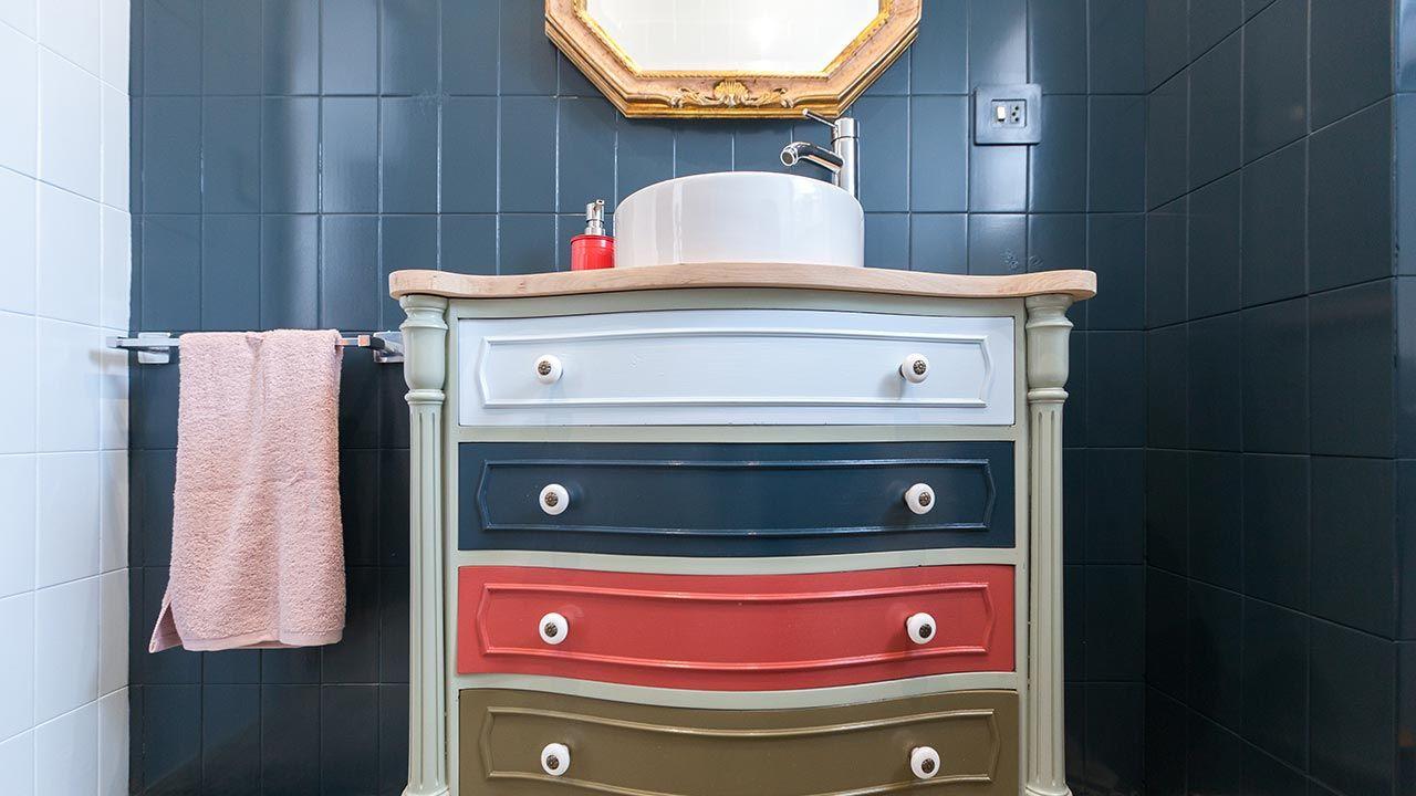 Des accessoires qui se combinent pour décorer la salle de bain