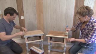 Chambre jaune avec frise en bois étape 8