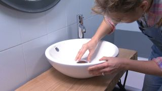 Salle de bain tricolore en gris étape 8