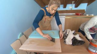 Comment faire une tête de lit rembourrée avec des tissus à motifs Étape 2