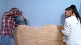 décorer une chambre d'enfants avec un bureau et une frise en bois - étape 6