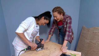 décorer une chambre d'enfants avec un bureau et une frise en bois - étape 4