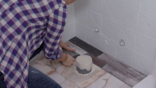 Salle de bain lumineuse aux touches marines - Étape 5