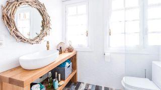 Salle de bain lumineuse aux touches marines - Étape 8