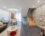 Décorez la salle à manger spacieuse et confortable