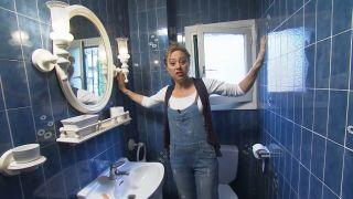 Rénovez et gagnez de l'espace dans une petite et ancienne salle de bain sans dépenser beaucoup dans le style Cepagemontmartrois