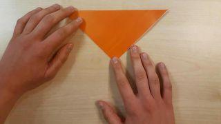 Comment faire un chien en origami Shiba Inu Étape 1