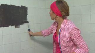Comment moderniser une ancienne salle de bain sans faire de travaux - Étape 2
