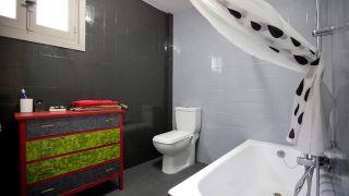 Comment moderniser une ancienne salle de bain sans faire de travaux - Étape 8