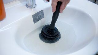 Comment déboucher un tuyau
