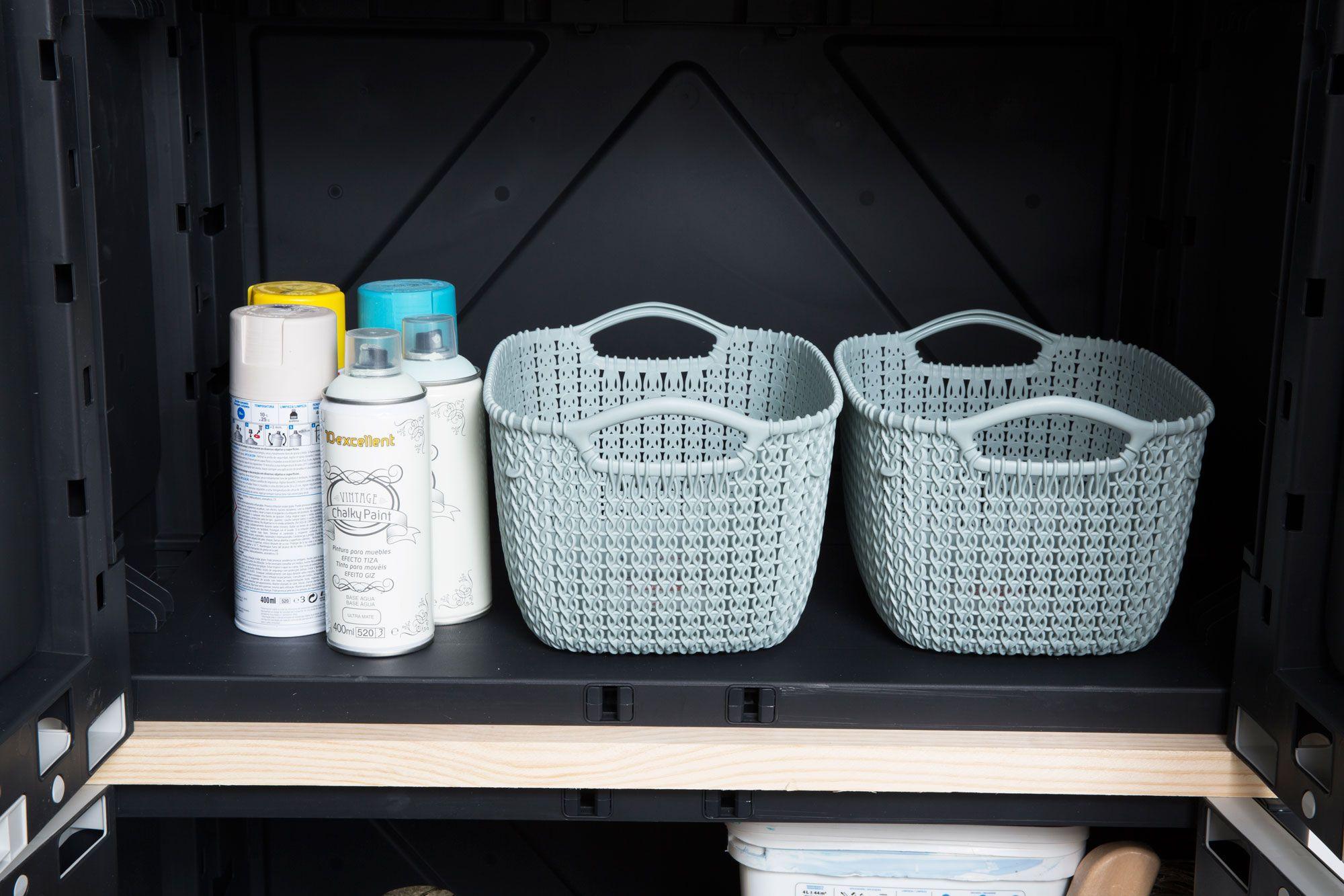 Organisez votre atelier ou salle de stockage avec les armoires MAGIX.  Ils sont assemblés en 1 minute!