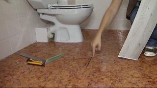 Mettre à jour une petite et ancienne salle de bain, sans faire aucun travail!  - Étape 4
