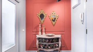 Recyclez une commode vintage majestueuse et baroque