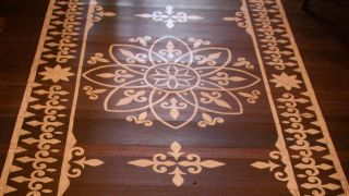 Tapis peints: comment faire un mandala sur le sol