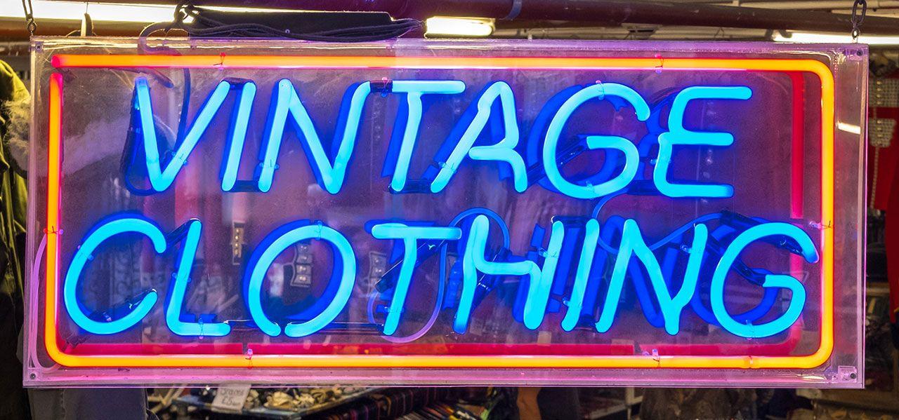 Néons pour une boutique vintage