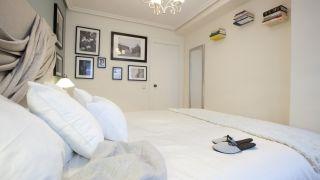 Nous décorons une chambre personnalisée et originale, avec une tête de lit en tissu!  - Étape 10