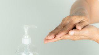 Comment faire un gel hydroalcoolique ou désinfectant maison - Étape 4