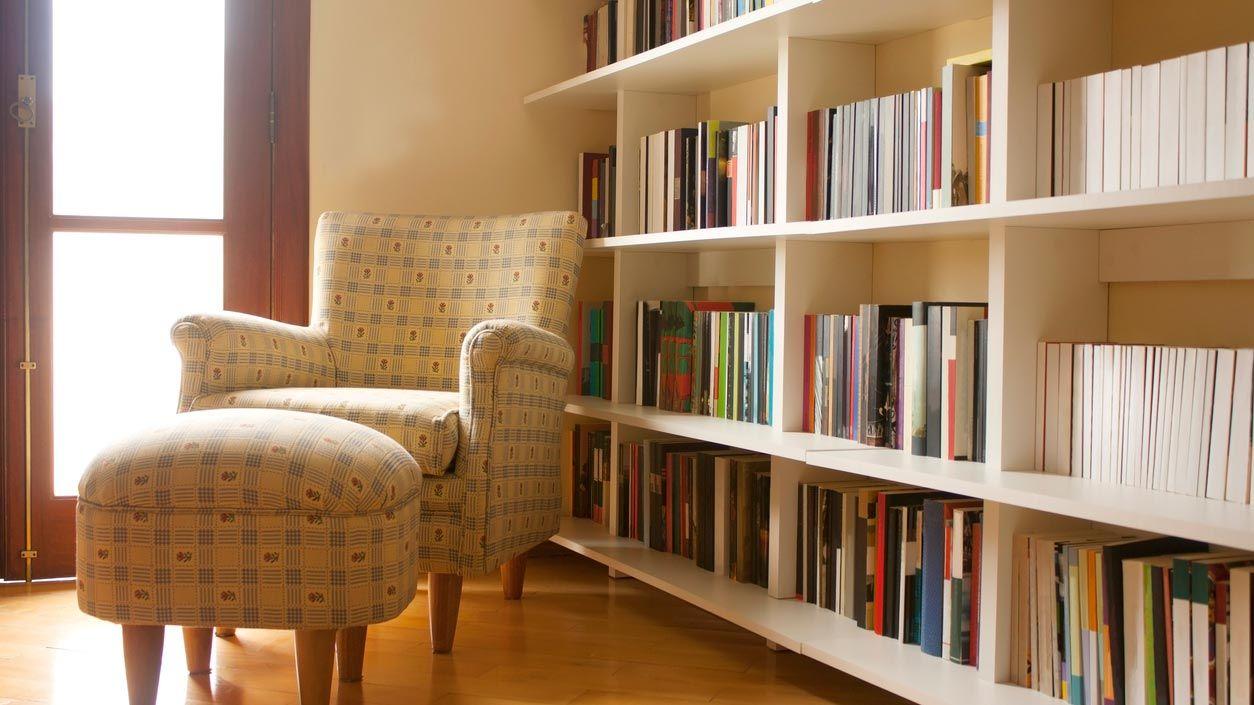 Trier la bibliothèque pendant la quarantaine