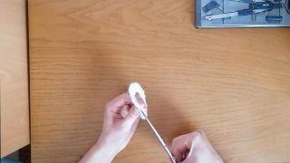 Comment faire un pompon en laine - Étape 7