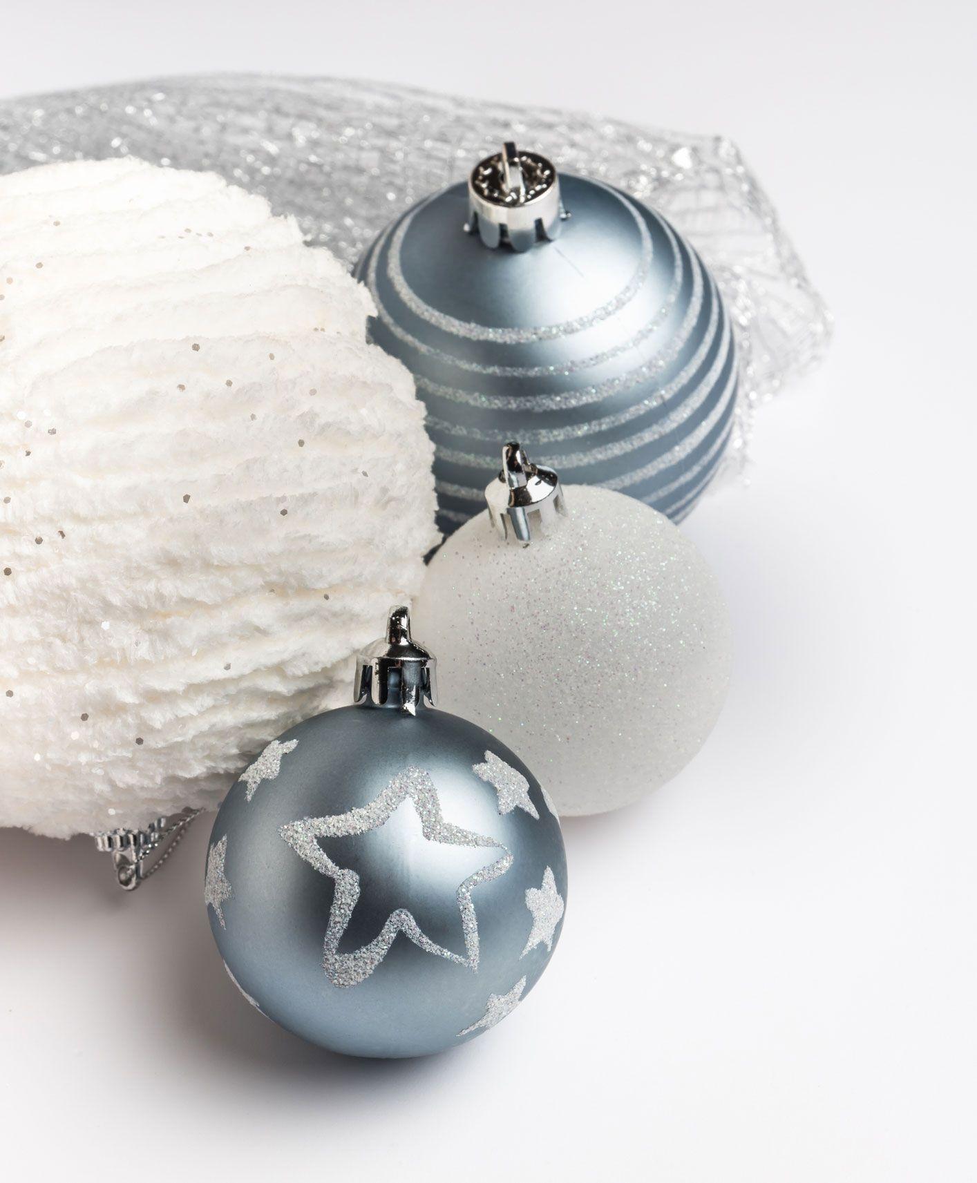 Boules pour décorer le sapin de Noël