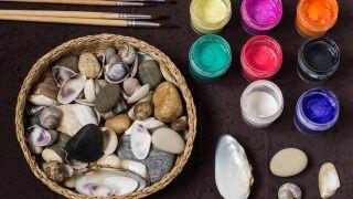 Comment peindre des coquillages et des pierres avec du pointillisme - Matériaux