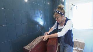 Comment décorer une élégante salle de bain bleue Étape 5