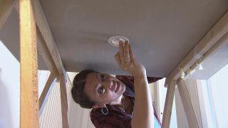 Comment placer un projecteur LED au plafond - Étape 5