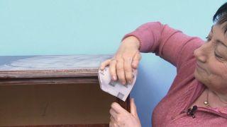 Comment peindre un chiffon en mélamine vert et bleu - Étape 1