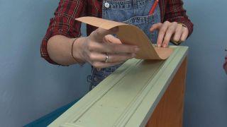 Comment peindre un chiffon en mélamine vert et bleu - Étape 4