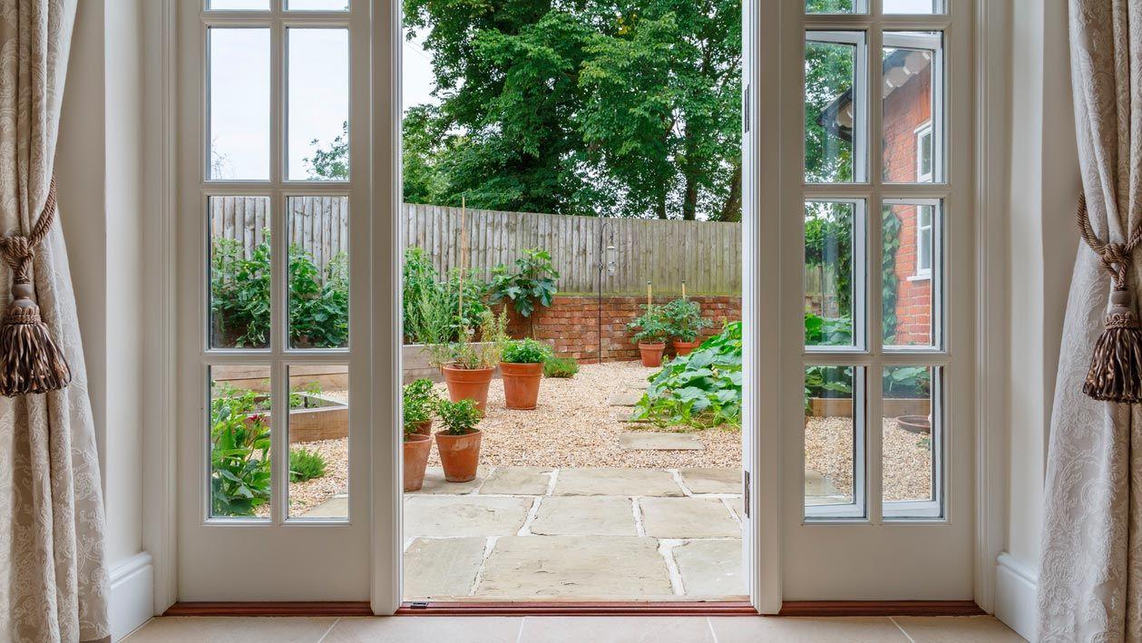 Comment décorer un patio intérieur