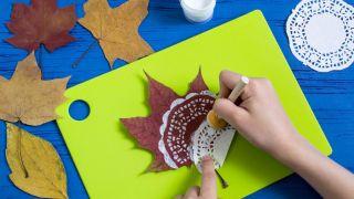 Peindre des mandalas sur des feuilles sèches (très facile) - Étape 2
